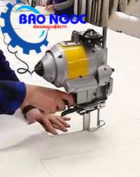 Cắt thử với máy cắt vải đứng KM KSU-108 5inch (370W)