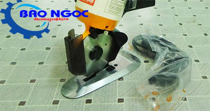 máy cắt vải cầm tay Messer Ms-110 và phụ kiện