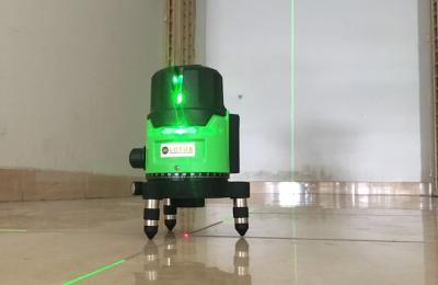 Nên chọn mua máy cân bằng laser loại tia xanh hay tia đỏ tốt