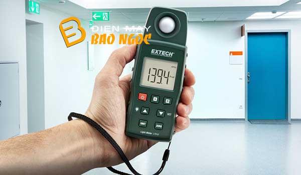 Máy đo ánh sáng extech