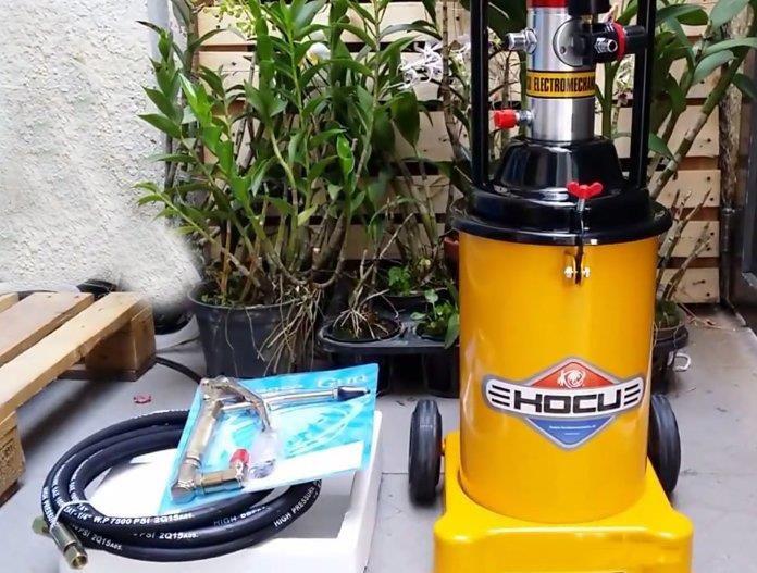 máy bơm mỡ khí nén Kocu GZ-8 (12 lít)