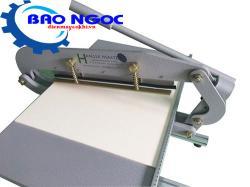 Máy cắt vải mẫu dạng răng cưa SPI 9801
